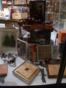 Jeux et casse-têtes chinois en bois
